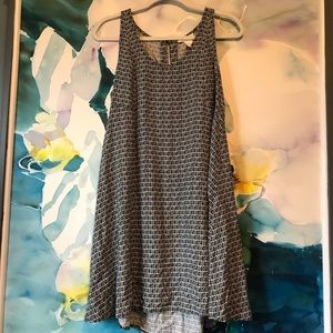 H&M • Geometric Print Swing Dress